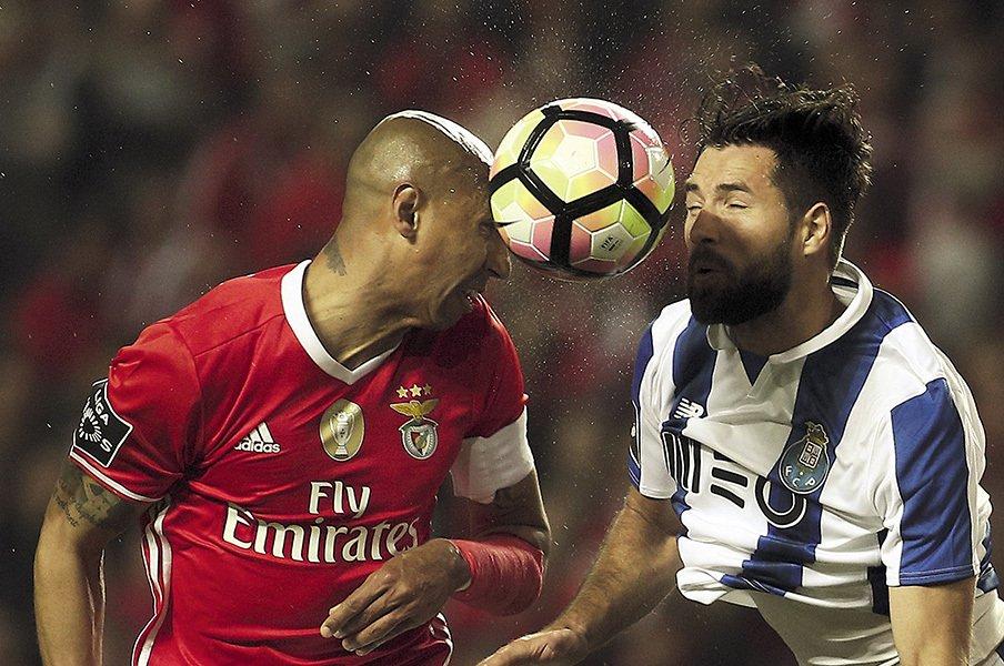 ポルトガルサッカー、絶頂から衰退へ。迷走する国内リーグで噴き出す諸問題。<Number Web> photograph by Carlos Costa/NurPhoto/AFP