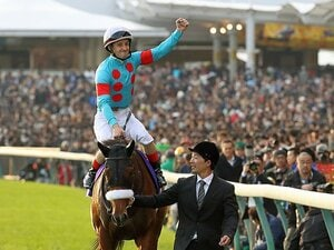 JC制覇、アーモンドアイは完璧な馬。ルメール「サッチ・ア・ストロング」