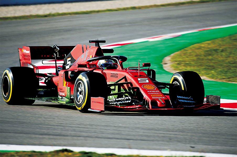 ベールを脱いだ新マシン。各チームの開発ポイントは?~F1新シーズン、ホンダは英国拠点を拡充~<Number Web> photograph by Getty Images