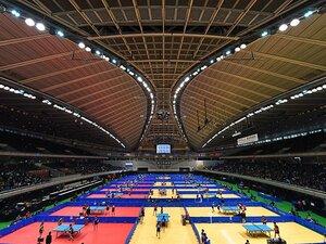 双眼鏡でスポーツ観戦を楽しもう!日本卓球の聖地・東京体育館を訪ねて。