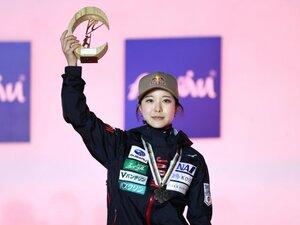 「ジャンプの神様がもっとがんばれと」世界選手権ノーマルヒルで銅メダル獲得の高梨沙羅が語った頂点への距離感