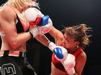 世界大会V3でもRENAがリング上で泣かなかった理由。~立ち技格闘技・絶対女王の矜持~<Number Web> photograph by Susumu Nagao