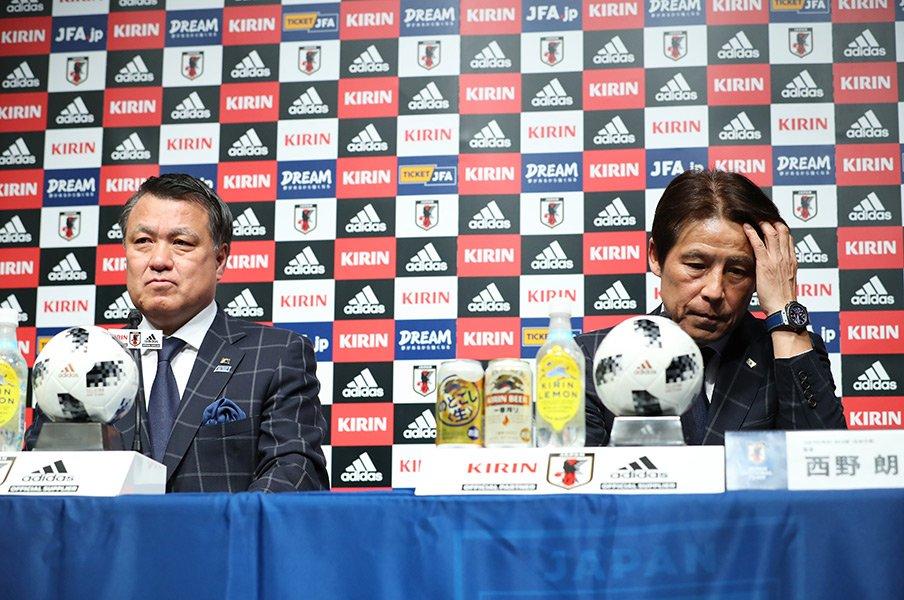 """""""選手ファースト""""西野朗新監督。あと68日間で何ができるか?<Number Web> photograph by Yohei Osada/AFLO SPORT"""