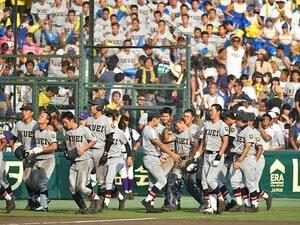 仙台育英・須江監督の徹底的な管理。高校生投手分業制の最先端を追う。
