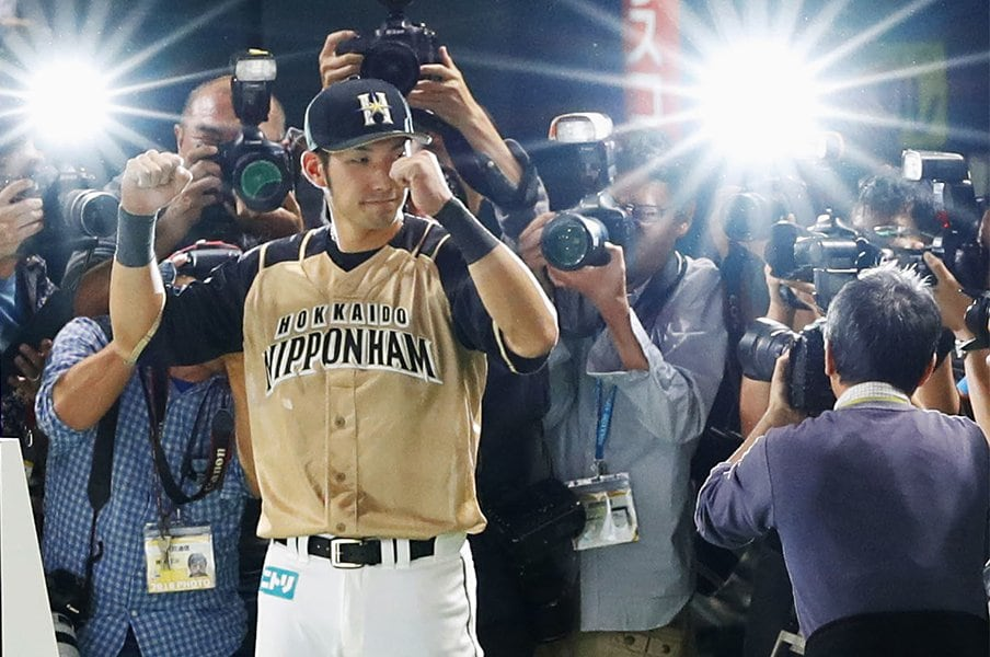 日本ハムの三塁は大田泰示が適任。過去のコンバート成功例から考える。<Number Web> photograph by Kyodo News
