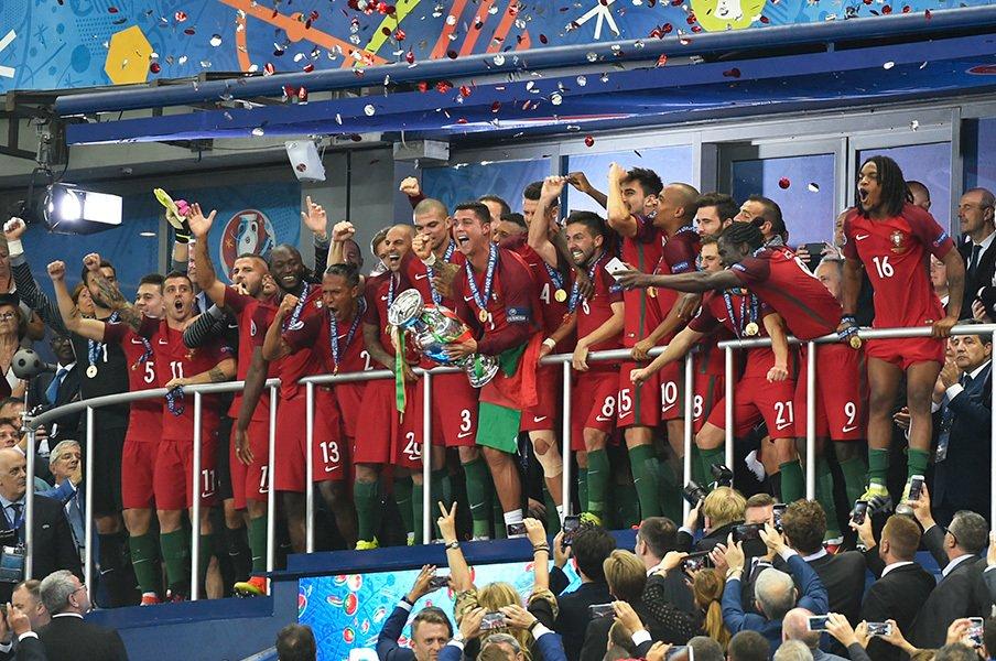 "EURO後に伸びる国、落ちる国。ポルトガルは""一発屋""ではない!<Number Web> photograph by Takuya Sugiyama"
