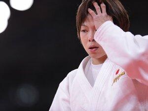盤石の金メダル候補、福見友子敗退。初五輪で待ち構えていた「魔」の瞬間。