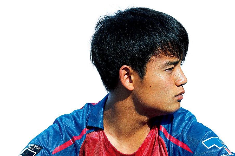 久保建英が語るサッカー人生の進路。「選手は動くけど、ゴールは動かない」<Number Web> photograph by Yoshiharu Ota
