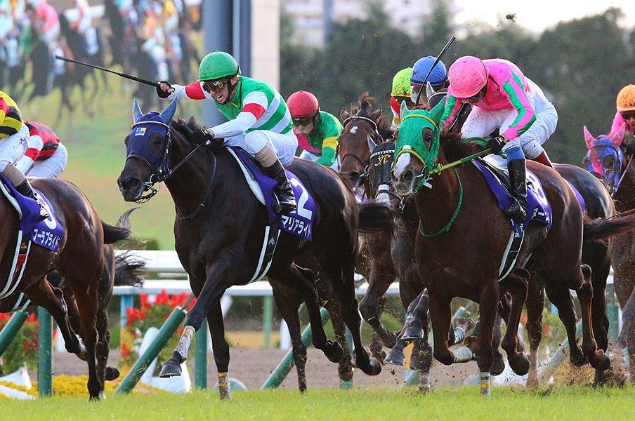 マリアライト、GI初参戦でエリ女戴冠。4歳で13戦目、この馬はまだ強くなる。<Number Web> photograph by Yuji Takahashi