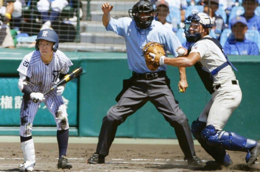 フルスイング主義は誤解されてる?常葉大菊川の超攻撃野球の本質。<Number Web> photograph by Kyodo News