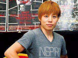 日本人初の王座に就いた浜崎朱加の勝因を探る。~女子総合格闘技・世界No.1に~