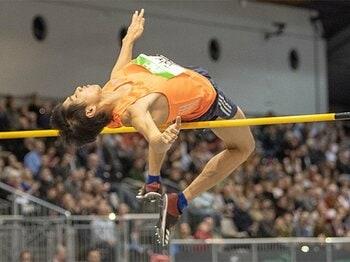 走り高跳びで13年ぶり日本新記録。実業団を断り海外で育った戸邉直人。<Number Web> photograph by Getty Images