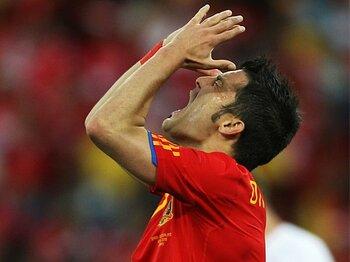 優勝候補がまさかの敗北!世界に広まるスペイン封じの処方箋。<Number Web> photograph by FIFA via Getty Images