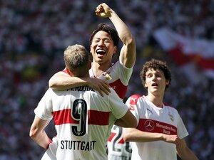 浅野拓磨、ドイツ移籍後初の2得点。野心をかき立てる久保裕也の存在。