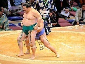 若麒麟と隠岐の海の相撲人生を分けた裁定。<Number Web> photograph by JMPA