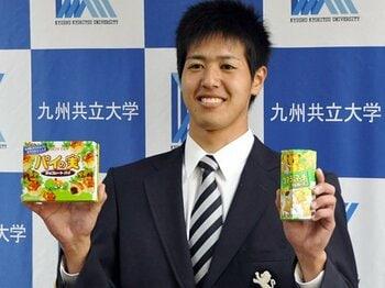 沖縄野球はプロをも席巻するのか?東浜巨と川満寛弥に期待する理由。<Number Web> photograph by Kyodo News