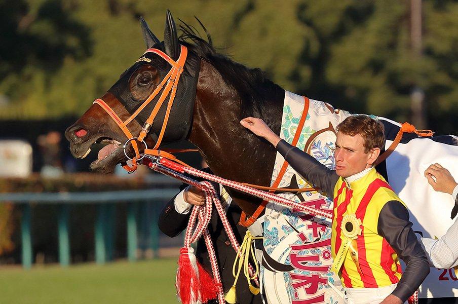 弘法は筆を、ムーアは馬を選ばず。チャンピオンズCを制した超瞬発力。<Number Web> photograph by Yuji Takahashi