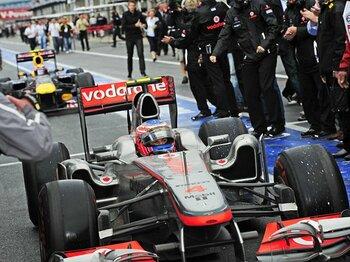 マクラーレンがレッドブルを猛追中。カナダGPを制した、ある奇策とは?<Number Web> photograph by Hiroshi Kaneko