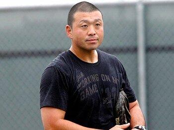 無名の元高校球児が偉業を成す。ドジャースのマイナーコーチに就任!<Number Web> photograph by Yoshitaka Kikuchi