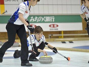 カーリング日本選手権、LSが初優勝。本橋の妊娠離脱とメンバーの「自立」。<Number Web> photograph by Kyodo News