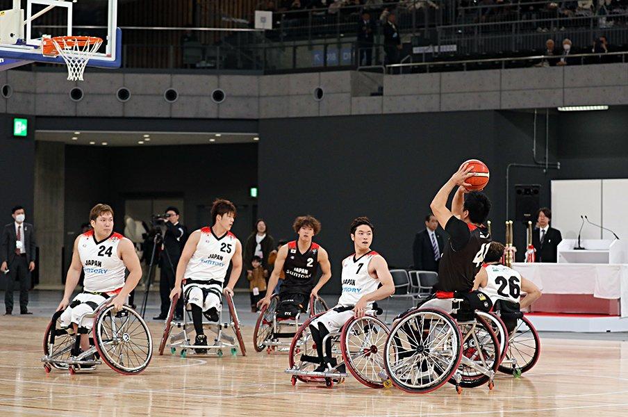 """求めるのは排除ではない。~車いすバスケの""""健常者""""の話~<Number Web> photograph by KYODO"""