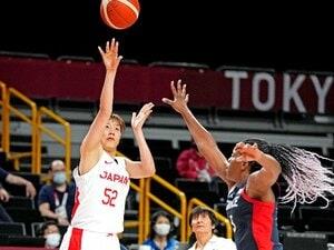 """「なぜ女子バスケ日本代表の3Pシュートは""""世界一""""決まるのか?」193cmエース不在でも""""初メダル""""まで一気に躍進できた理由"""