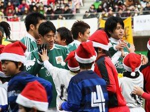 2011年、サッカー界にできたことは?震災で確認した「フットボールの力」。