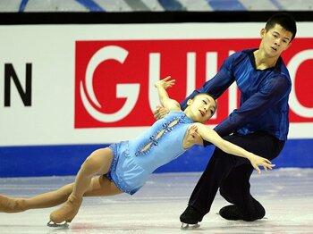 新種目のフィギュア団体、選手層の薄いペアに難題。~ソチ五輪での勝算は?~<Number Web> photograph by Tsutomu Takasu