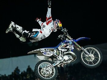 <フリースタイルモトクロスの最高峰> RED BULL X-FIGHTERS 「驚愕のエアバトルがいよいよ日本初上陸」<Number Web> photograph by Red Bull Content Pool