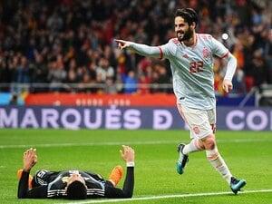 攻めのポゼッションでドイツを翻弄。史上最高のスペインは無敗でW杯へ。