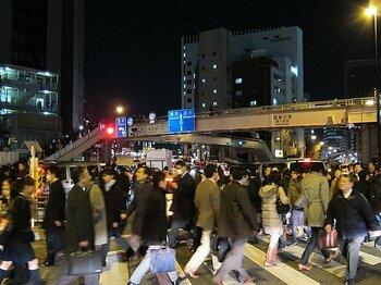 震災で麻痺した東京の都市機能。自転車通勤を始める人に5つの提言。<Number Web> photograph by Satoshi Hikita
