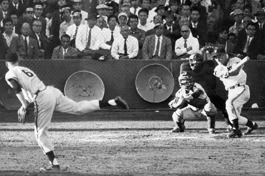 早くAI審判をプロ野球に導入しろ!ダンカンが説く「神の誤審」の味わい方。<Number Web> photograph by Kyodo News