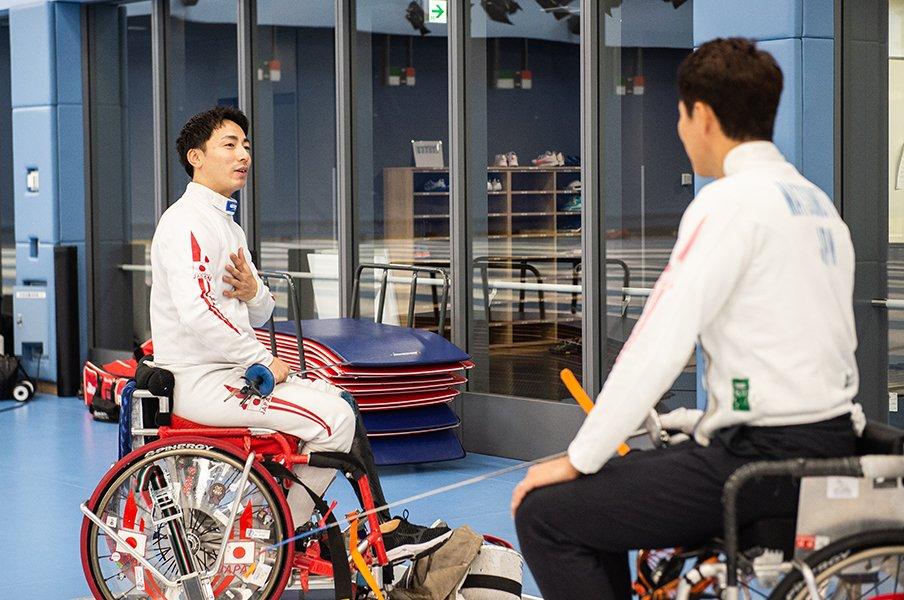 加納慎太郎が車いすフェンシングとヤフー入社までを松岡修造に語る。<Number Web> photograph by Nanae Suzuki