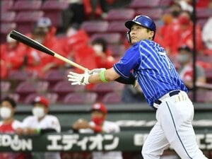 DeNA佐野恵太が今年もヒットを量産できるワケ…SB松田宣浩に教わった、試合前に毎回やっていることとは?