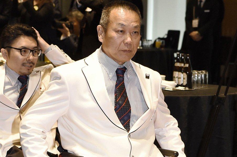 パラアイスホッケーの61歳・福島忍。医師に言われた「良い方なんだよ」。<Number Web> photograph by Kyodo News
