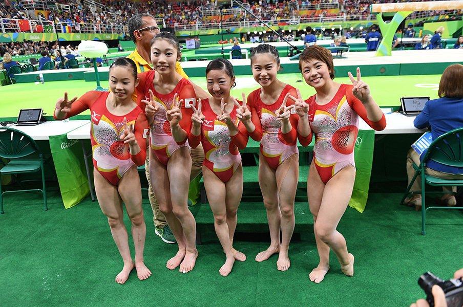 """体操女子、4位は48年ぶりの快挙!世界に通用した""""キャピキャピ感""""。<Number Web> photograph by JMPA"""