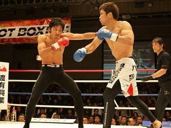 着実に客足を伸ばしてきた、26年目のシュートボクシング。<Number Web> photograph by Chiyo Yamamoto