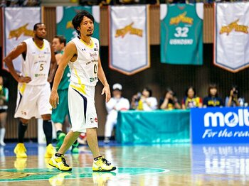 "NBL、bjリーグに見るプロ化の壁。日本バスケット界の""市場規模""。<Number Web> photograph by AFLO SPORT"