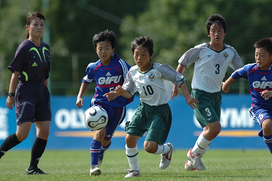 """""""サッカー小僧""""中島翔哉が日本の「10番」になるまで。<Number Web> photograph by TOKYO VERDY"""