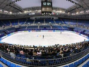 平昌五輪会場で行われる四大陸選手権。課題山積みの大会周辺を現地レポート。