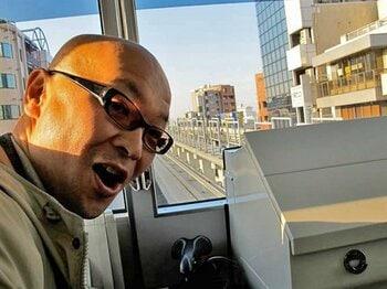 歳末のアメ横、浅草、舎人ライナー!?東京東半分、行き当たりばったり紀行。<Number Web> photograph by Satoshi Hikita