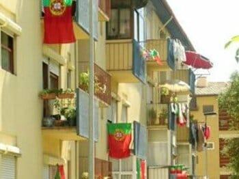 ポルトガルのお披露目会となったユーロ2004<Number Web> photograph by Kai Sawabe