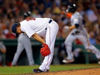 松坂大輔の球速は増したが……。ボストンでプレーできる残り時間は?<Number Web> photograph by REUTERS/AFLO