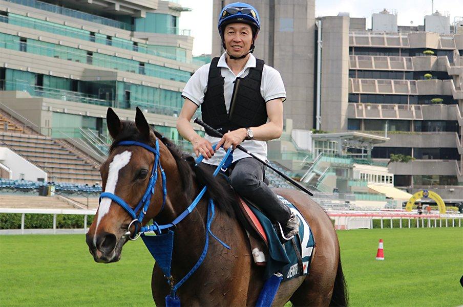 """天皇賞・春はもはや""""何でもあり""""。GI馬が1頭だけ、同日の香港は4頭。<Number Web> photograph by Satoshi Hiramatsu"""