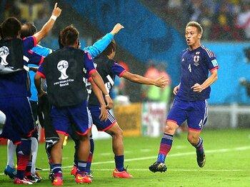 日本の「コンセプト」を呼び覚ませ。本田のゴールが日本にもたらす効果。<Number Web> photograph by Getty Images