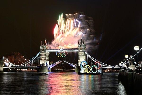 ロンドンブリッジも祝福ムード。~ロンドン五輪2012~
