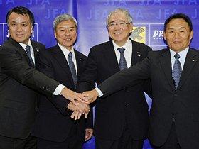 サッカー協会・小倉純二新会長が、こじれた「秋春制」を解決する!?
