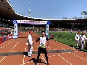 北朝鮮・平壌マラソン参戦記、後編。10万人の大歓声が虚しく響く。