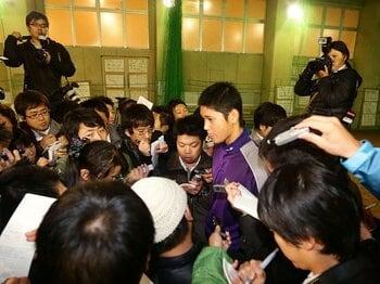 大谷翔平はメジャーか日本ハムか?日米の選手育成法の違いを検証する。<Number Web> photograph by NIKKAN SPORTS/AFLO