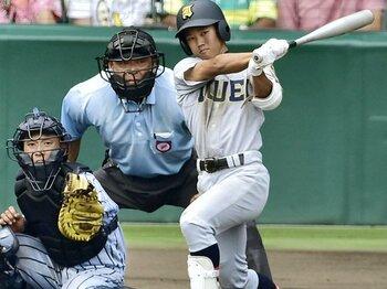 打者や投手より目立たないけれど。春の甲子園に現れた3人の守備名人。<Number Web> photograph by Kyodo News